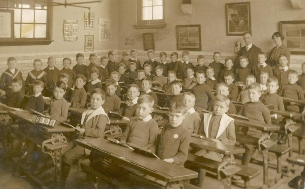 victorian-classroom